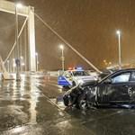 Fotók: 8-10 métert repült a fiatal lány, miután elgázolták az Erzsébet hídnál
