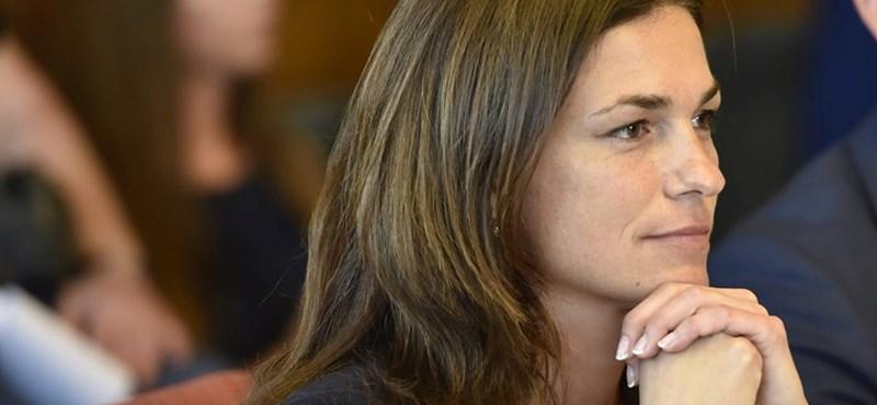 Blikk: Varga Judit sátrát tolvajok fosztották ki, amikor nyaralt