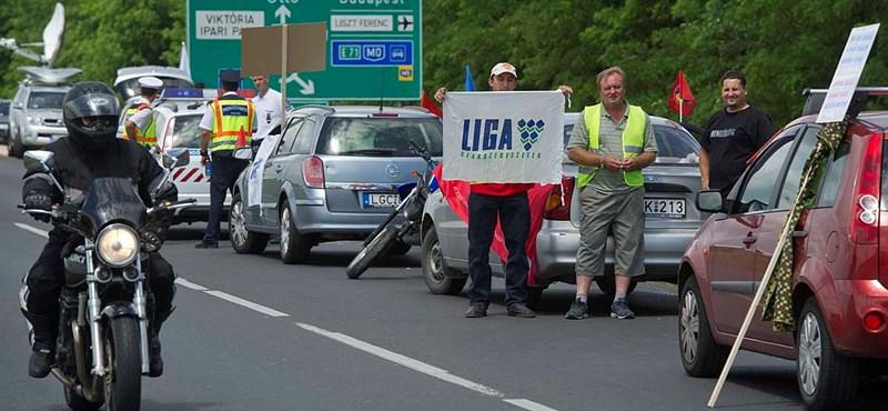 Nem tetszik az új Munka törvénykönyve a LIGA Szakszervezeteknek