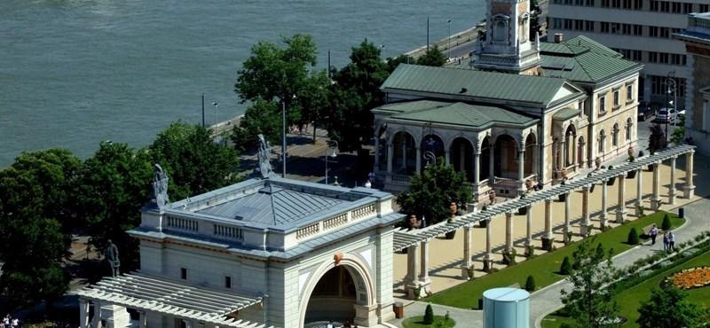 Újgazdagék műemléket újítanak fel – így járt a Várkert Kioszk az MNB-vel