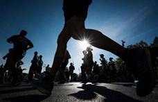 Jobb híján az erkélyén futotta le a maratont egy francia férfi