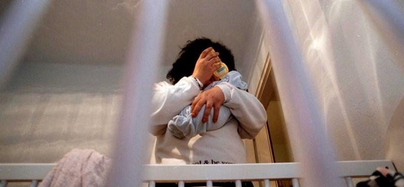 Vesztesnek születve: fehér bőrű kislányok helyett barna bőrű kisfiúk várnak örökbefogadásra