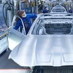 Megkezdődött az új BMW M3 és M4 gyártása