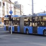 Rendőrt hívott egy terhes nőre az 55-ös busz sofőrje