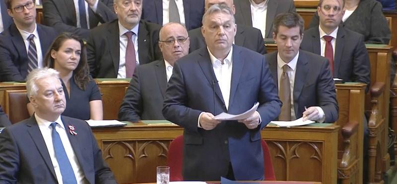 Orbán Viktor: Lezárják Magyarország határait