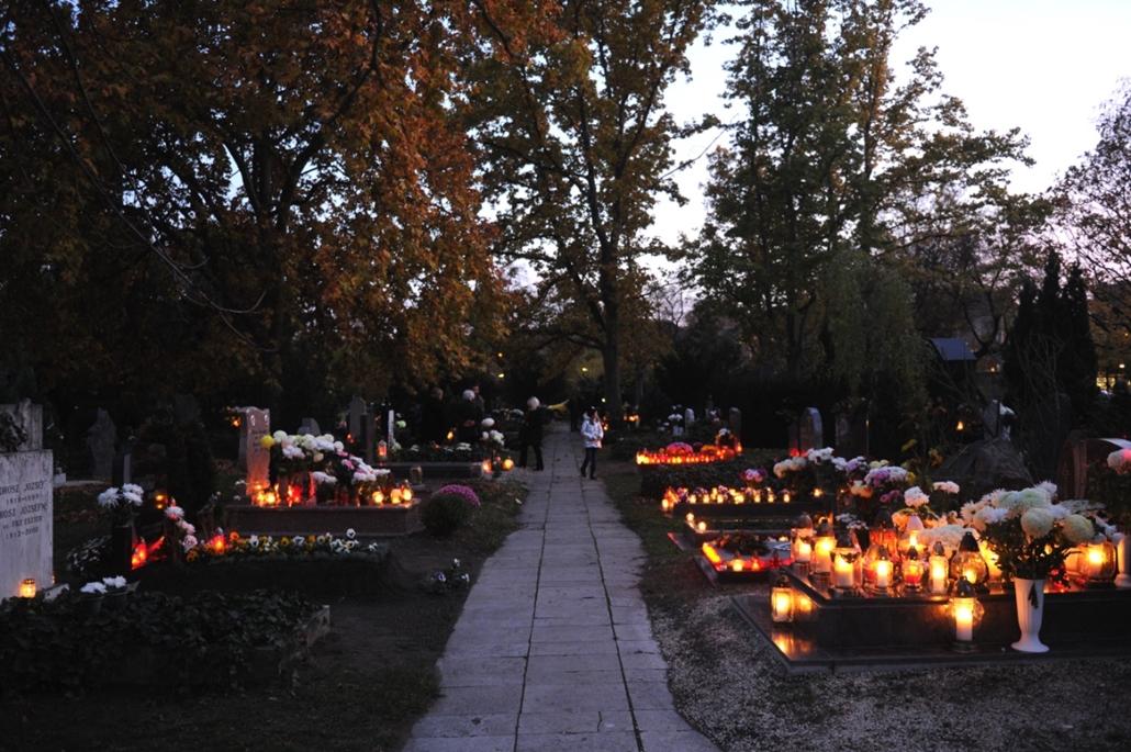 fm.16.11.01. - Fiumei úti sírkert - temető, halottak napja, mindenszentek