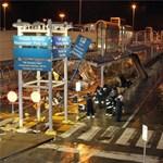 Tornádó rombolta szét a repülőteret - fotók
