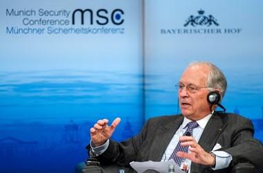 Wolfgang Ischinger: Szembe kell szállni a kleptokrata autokratákkal