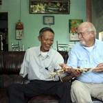 Fotó: 47 év után visszakapta levágott karját