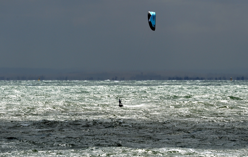 2012. december 4. - Melbourne: kiteboard versenyző a Sailing ISAF világbajnokságon. - évsportképei