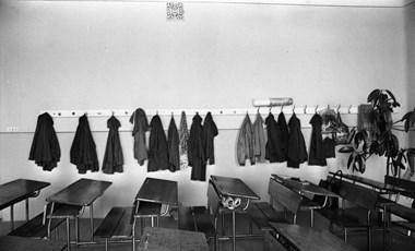 Visszaülhet az iskolapadba a tanárát megkéselő győri diák