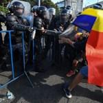 Elfajult a külföldről hazatért vendégmunkások kormányellenes tüntetése Bukarestben - fotók