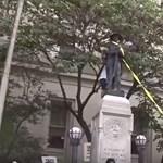 Charlottesville után: ledöntöttek egy konföderációs szobrot Észak-Karolinában