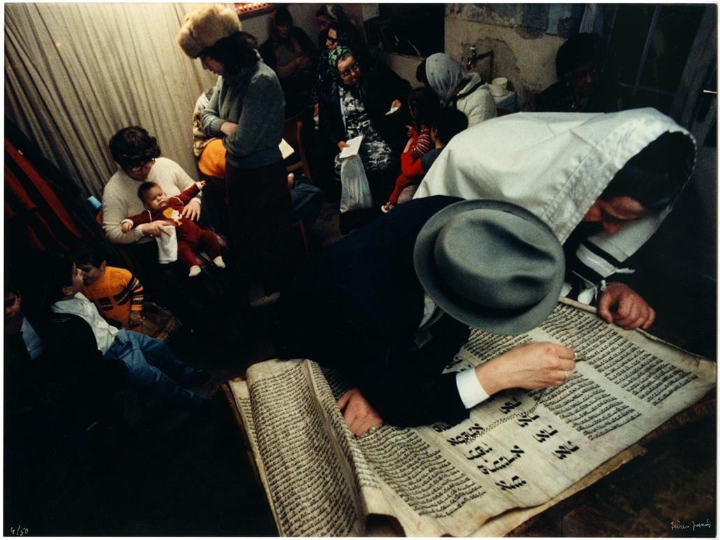 """Eszter könyve, a Megilla""""... és beszéld el fiaidnak..."""" sorozatból, 1978-1981 - Magyar sorsok és életművek - Nagyítás-fotógaléria, kiállítás"""
