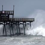 Pusztítás élő adásban: videóban közvetítik a Florence hurrikán útját