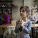 Kijev gesztust gyakorol: újranyithatják az anyanyelvi oktatás kérdését