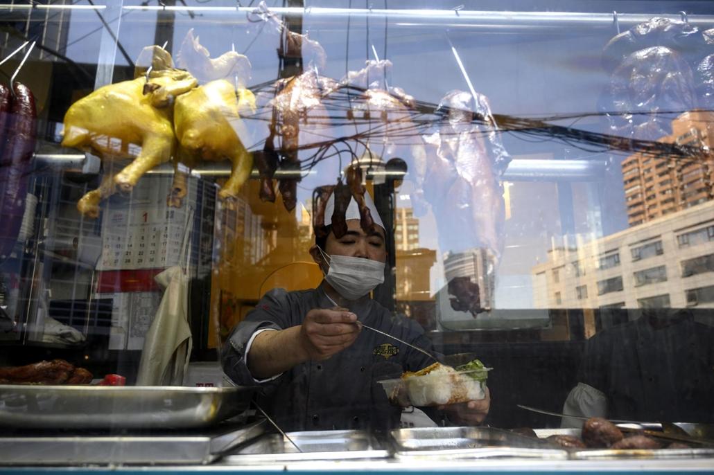 nagyítás - koronavírus, shanghai, kína, ebéd