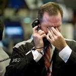 Idén eddig két amerikai bank húzta le a rolót