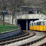Alagútépítés: Megkurtítják év végéig két budai villamos vonalát