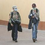 Légtisztítót szereltek a devecseri iskolába