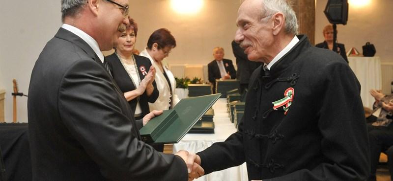 Meghalt Szentmihályi Szabó Péter
