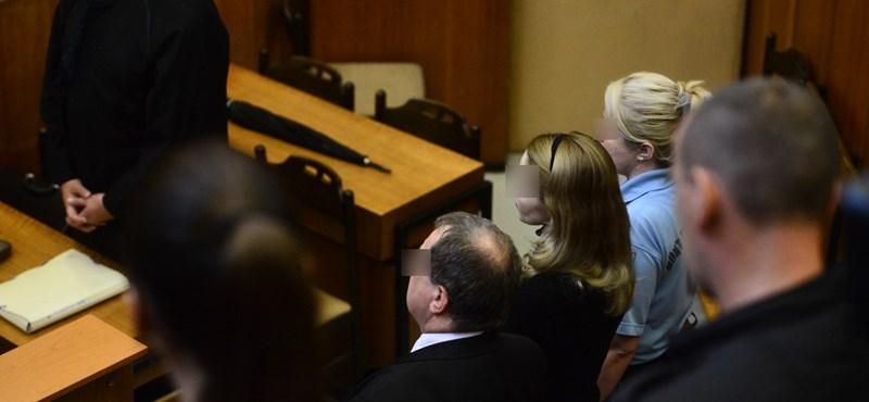 Kilenc év börtönt kapott Eva Rezesova