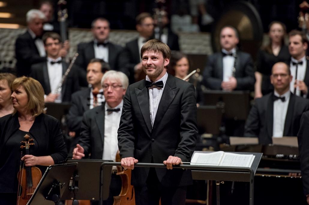 map.19.03.26. Káli Gábor, Budapesti Fesztiválzenekar, BFZ, hamburgi Elbphilharmonie (Elbai Filharmónia), koncert