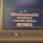 Bűncselekmény miatt indult eljárás két plakátrongáló ellen