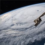 Brutális pusztítással fenyeget a Florence hurrikán
