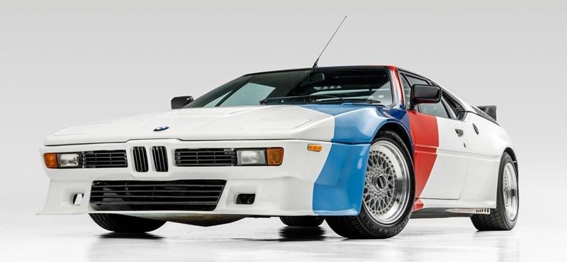Online aukción lehet megszerezni Paul Walker BMW M1-esét