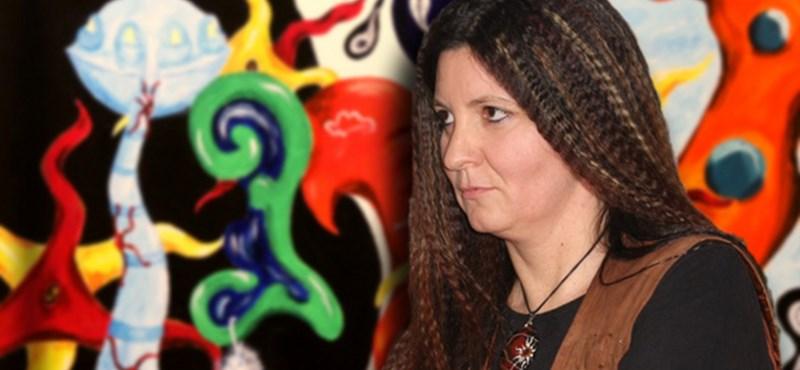 Álomfejtés: Veréb Zsuzsa képei a Körönd Galériában