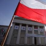 Lengyelek az ünnepen: ez a béke tavasza