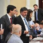 Megszavazták Tarlósnak a 48 százalékos fizetésemelést