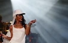 Rihanna beintett a Super Bowl-nak a Kaepernick-ügy miatt
