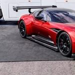 Igaz, hogy 21 milliárd forint ez a lakás, de adnak hozzá egy Aston Martin Vulcant