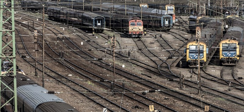 Már megint a Nyugati tárolóvágányaira vitt egy vonatnyi utast a MÁV
