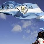Argentína nem mond le a Falkland-szigetekről