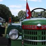 Fotógaléria: patinás régi traktorok minden mennyiségben a solymári fesztiválon