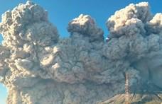 Videó: így tört ki a Sinabung vulkán