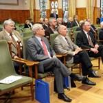"""""""Társszerzőséget"""" vállal a kormány a Magyar Rektori Konferenciával"""