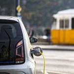 Május 1-től vége a villanyautók ingyen töltésének