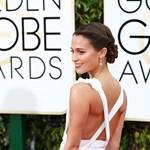 Már nem divat a dekoltázs - fotókon a Golden Globe gála legszebb színésznői