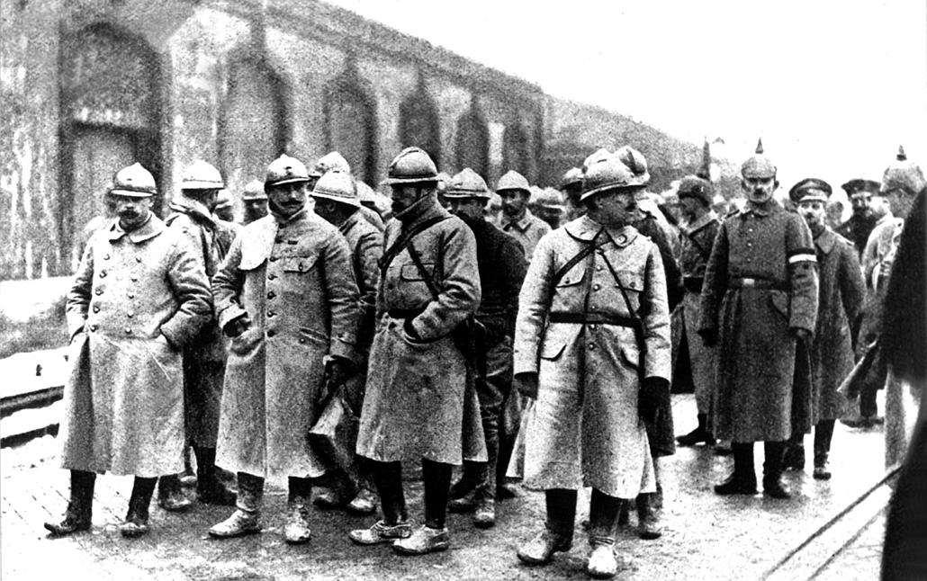afp.1916.02. - Francia katonák és tisztek. - 1916. február 21. - Verduni csata - yyyyy
