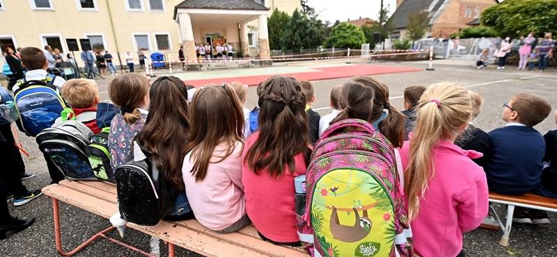 Döcögős tanévkezdés, iskolabezárások és lezárt SZFE - a nap hírei egy helyen