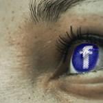 Csak most árulta el a Facebook, hogy kiadták a messengeres privát üzeneteinket is