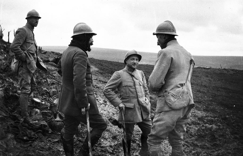 afp.1917.10.01. - Francia katonák és tisztek. - 1916. február 21. - Verduni csata - yyyyy