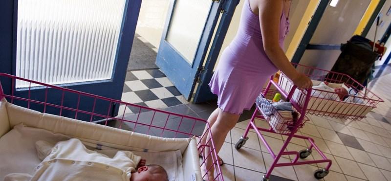 A kormány most döntött úgy, hogy családbaráttá teszi a szülészeteket