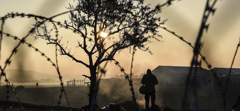 Ausztria is határt szabna a menekültáradatnak