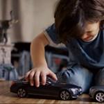 Az év trollkodását mutatja be a Mercedes – videó