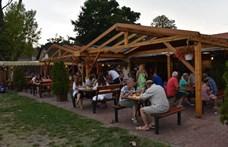 Tengerparti út helyett vidéki nyaralásra készülnek a magyarok